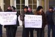 Підприємці одного з рівненських ринків пікетували прокуратуру (Відео)