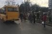 У Рівному не розминулися тролейбус та маршрутка (Фотофакт + відео)