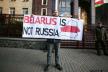 Акція «Belarus is not Russia» відбулася у Києві, у Мінську тривають протести (Фото, відео наживо)