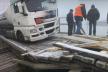 На Сарненщині вантажівка пошкодила дерев'яну понтонну переправу, проігнорувавши знак обмеження