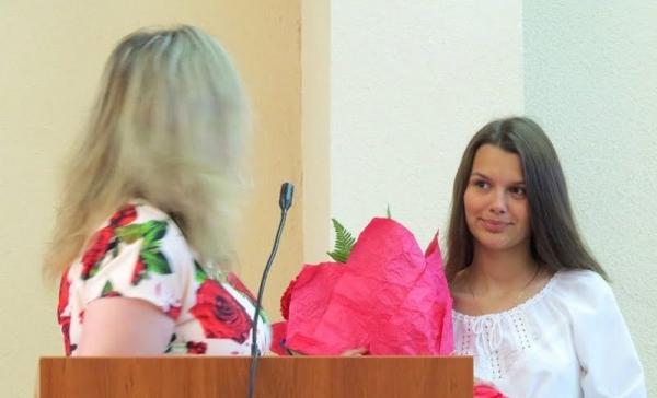 Школярка з Вараша за твір «Мама Героя» здобула перемогу на всеукраїнському конкурсі