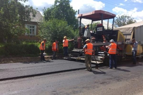 Крига скресла: на Рівненщині вже розпочалися масові ремонтні роботи доріг