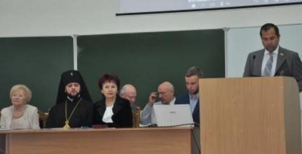Вчора в Острозі зібралося на з'їзд понад дві сотні педагогів