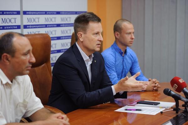 Валентин Наливайченко: «У владі мають бути добровольці…»