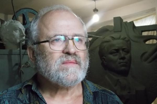 Пам'ятник Георгію Косміаді і його автор