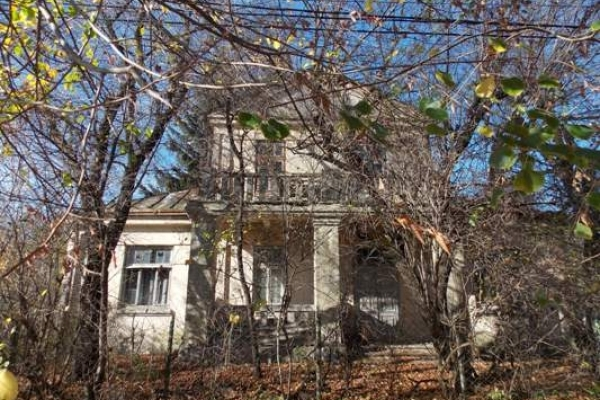Пам'ятки архітектури Рівного. Будинок без привидів, але з цікавою історією