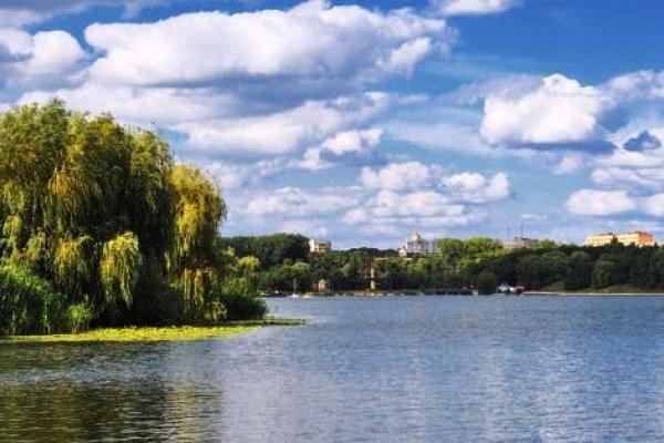 В озері Басів Кут купатися не рекомендують