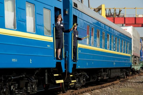 Для пасажирів потягу Київ-Рівне забезпечили пересадку