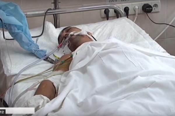 Дванадцять годин оперували в Дніпрі пораненого рівнянина