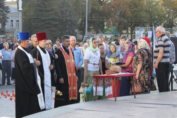 У Рівному молитимуться за загиблих в Іловайському котлі