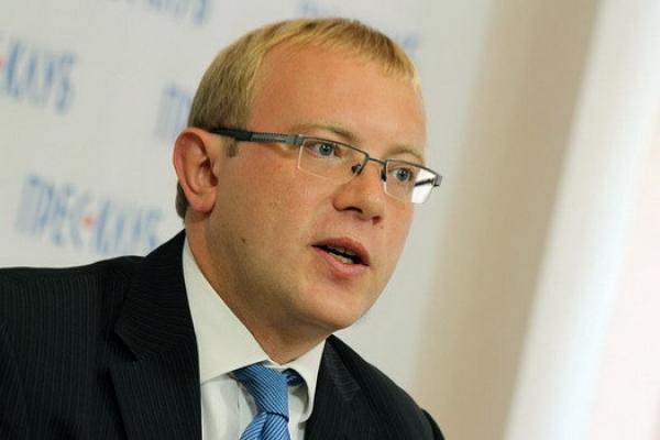 Канада відмовляє у візах понад третині українців
