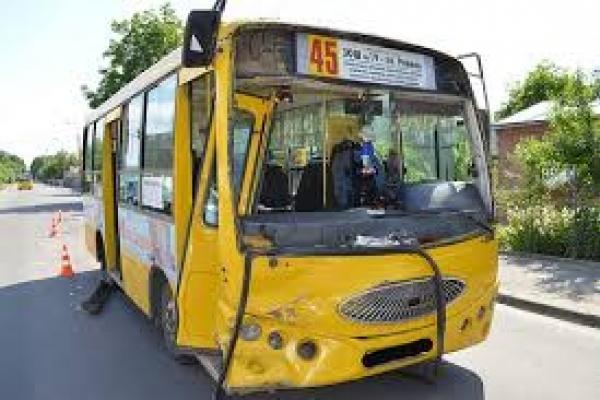 У Рівному тролейбуси можуть витіснити маршрутки