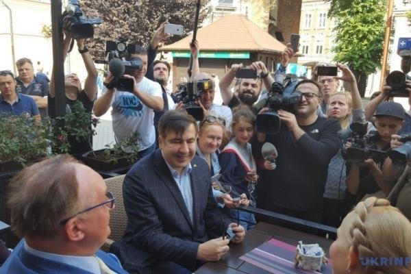 Міхеїл Саакашвілі повертається в Україну через «Краковець» (Фото, відео)