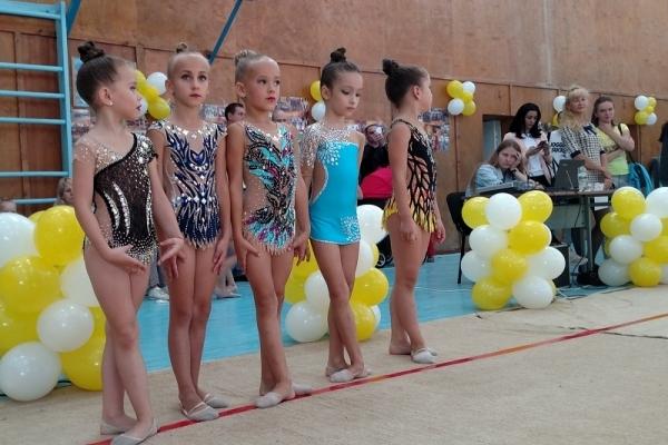Як рівненські гімнастки святкували День народження свого спортивного клубу? (Фото)