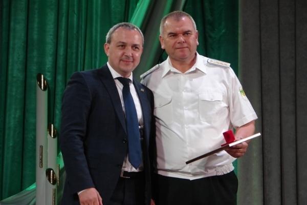 Лісівникам Рівненщини вручили державні нагороди (Фото)