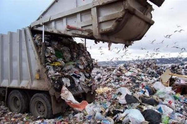 На сміттєзвалищах Рівненщини наводять порядок