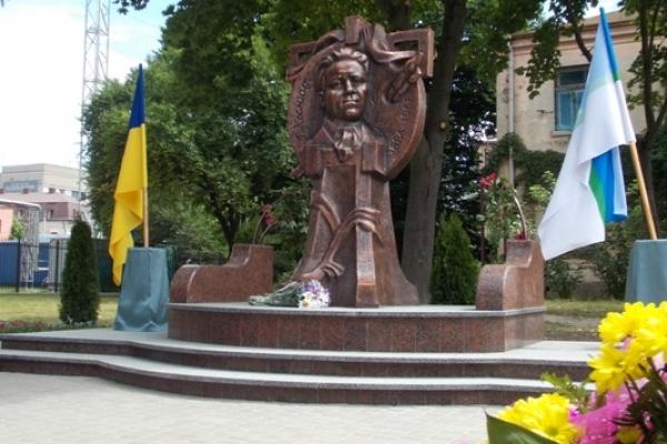 Пам'ятник Георгію Косміаді офіційно став  історико-культурною спадщиною (Фото)