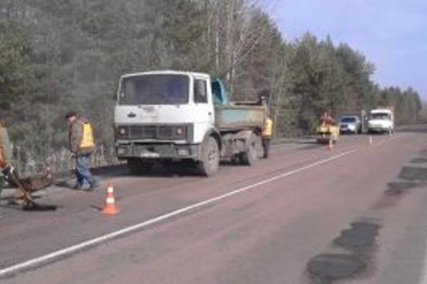 На Поліссі ремонтують дороги