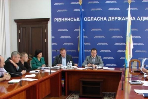 У Рівненській області розділять 6000 кг «гуманітарки»