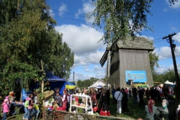 У Красносіллі Гощанського району 24 вересня розпочнеться народне дійство