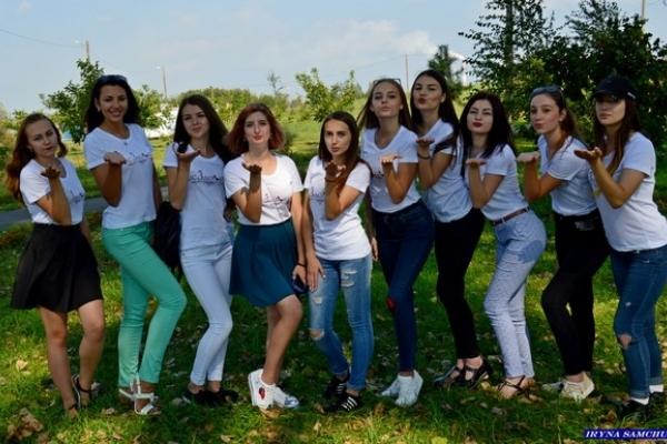 За корону «Міс Здолбунів-2017» змагатимуться 11 дівчат (Фото)