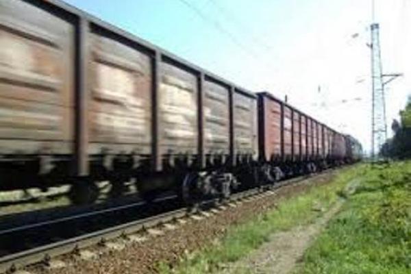 Потрапив під потяг на Рівненщині чоловік із Львівської області