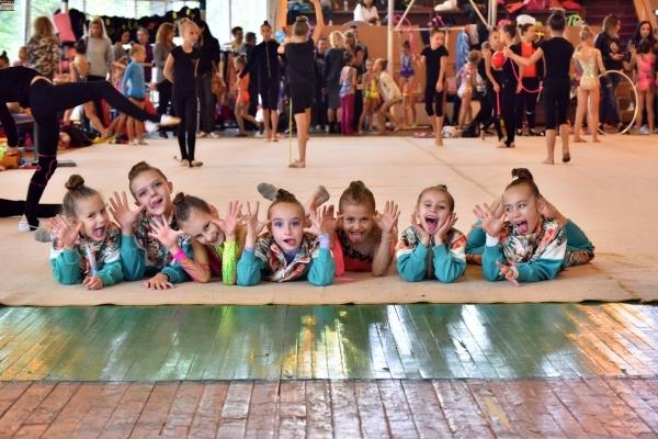 Рівненські гімнастки привезли 5 медалей із Всеукраїнського турніру (Фото)