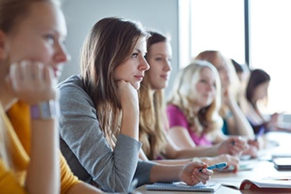 Журналістам Рівненщини пропонують заняття в медіа-школі з реформи децентралізації