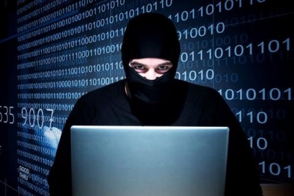У Здолбунові орудував хакер
