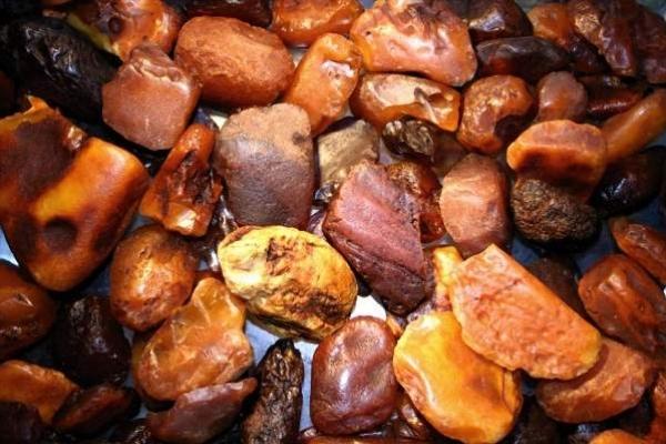 З рівненських складів таємниче зникло 78 кілограмів бурштину