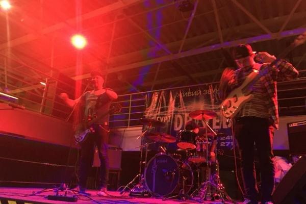 Другий день фестивалю «СУП-культура»: поезія, рок-музика та книжковий ярмарок (Фото)