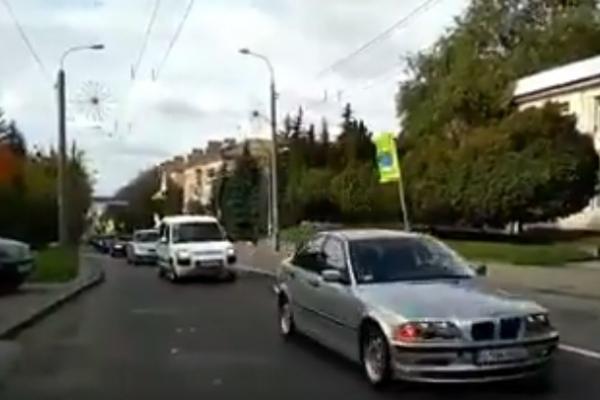 Усіх автолюбителів запрошують на автопробіг Рівне - Дубно (Відео)