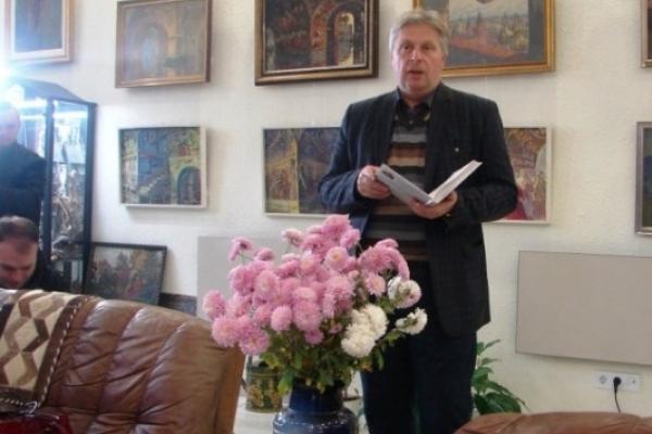 Неміфологізовану біографію Богдана Хмельницького подає в новій книзі вчений з Острога Петро Кралюк