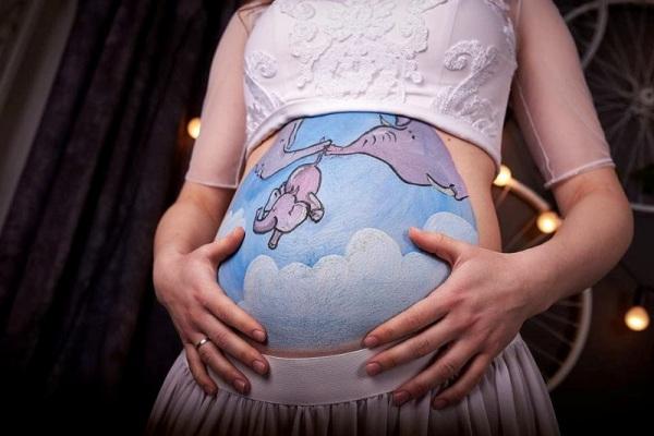 Cьогодні у Рівному відкриють фотовиставку вагітних