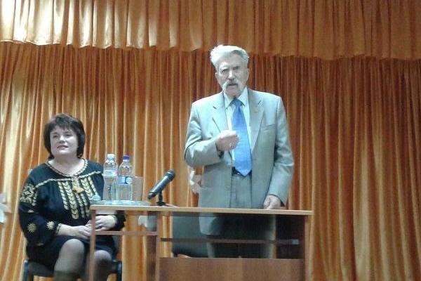 На Рівненщині побував Левко Лук'яненко