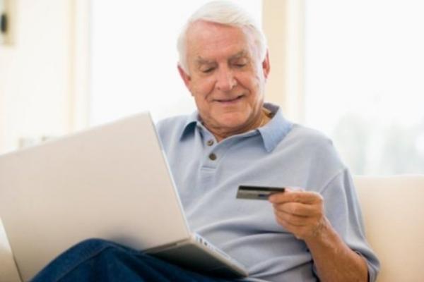 На Рівненщині розпочали виплачувати грудневі пенсії