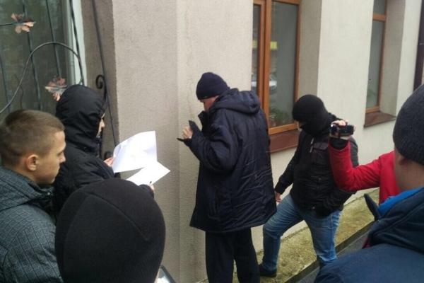 СБУ повідомила подробиці затримання на хабарі посадовця архітектурно-будівельної інспекції (Фото)