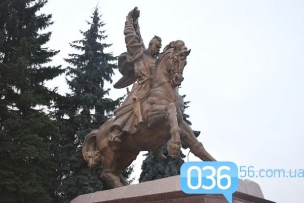 У Дубні пам'ятник Борцям за Волю та Незалежність став власністю громади