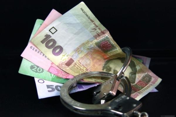 Затриманому на хабарі посадовцю ДАБІ повідомлено про підозру