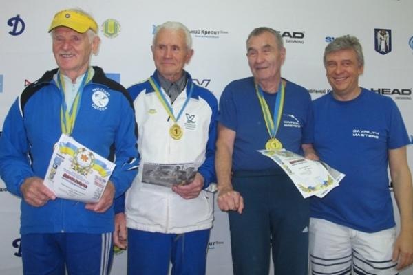 70 років ще не фініш: спортсмен з Костополя здивував перемогою у Всеукраїнському турнірі з плавання