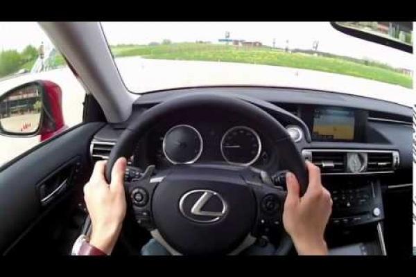 Новий рік принесе реформи для водіїв, які мають зупинити смертність на дорогах