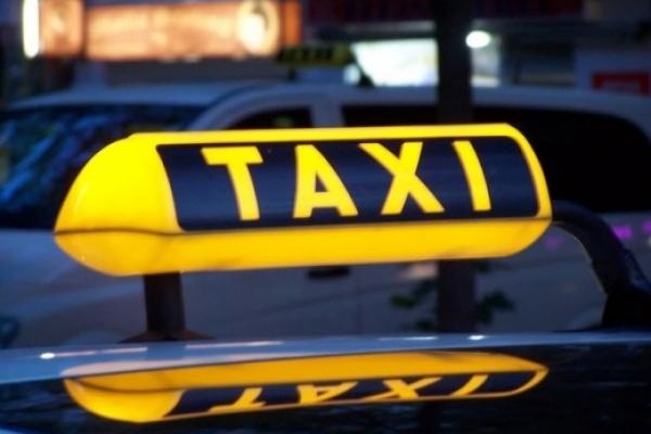 У Рівному з 31 грудня підвищили тариф на послуги таксі