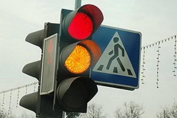 У Рівному на проблемному перехресті просять встановити світлофора