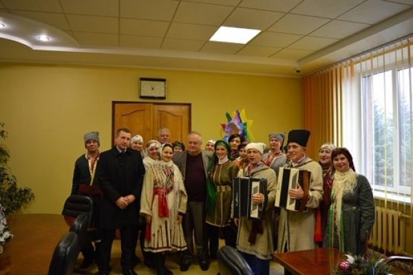 У Рівненській міській раді колядували (Фото)