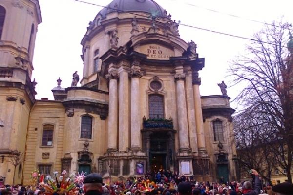 Подорож із Рівного до файного святкового Львова (ФОТОРЕПОРТАЖ)