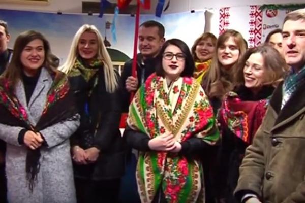 З Різдвяною зіркою заради благодійності «РЕНОМЕ» нащедрували більше 50 тисяч гривень (Відео)