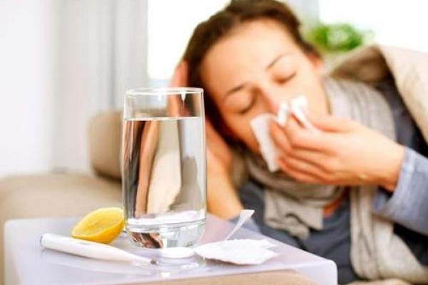 Майже на 4 сотні побільшало хворих на грип на Рівненщині