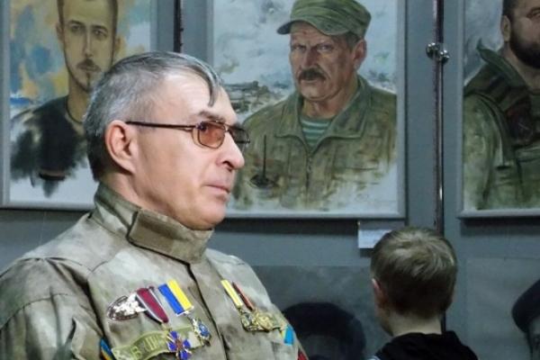 У Рівному відкрилась виставка 110 портретів бійців-добробатів художника Сергія Пущенка