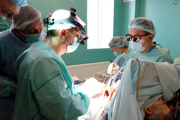 Кардіохірурги здійснили мініінвазивний «прорив» у хірургічному лікуванні ішемічної хвороби серця на Львівщині
