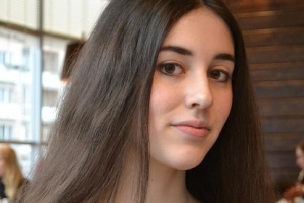 Знайомтесь – Ольга Щербата: дівчина, що вміє читати й говорити навиворіт